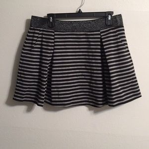 Aeropostale Skirt size XL New with front pockets